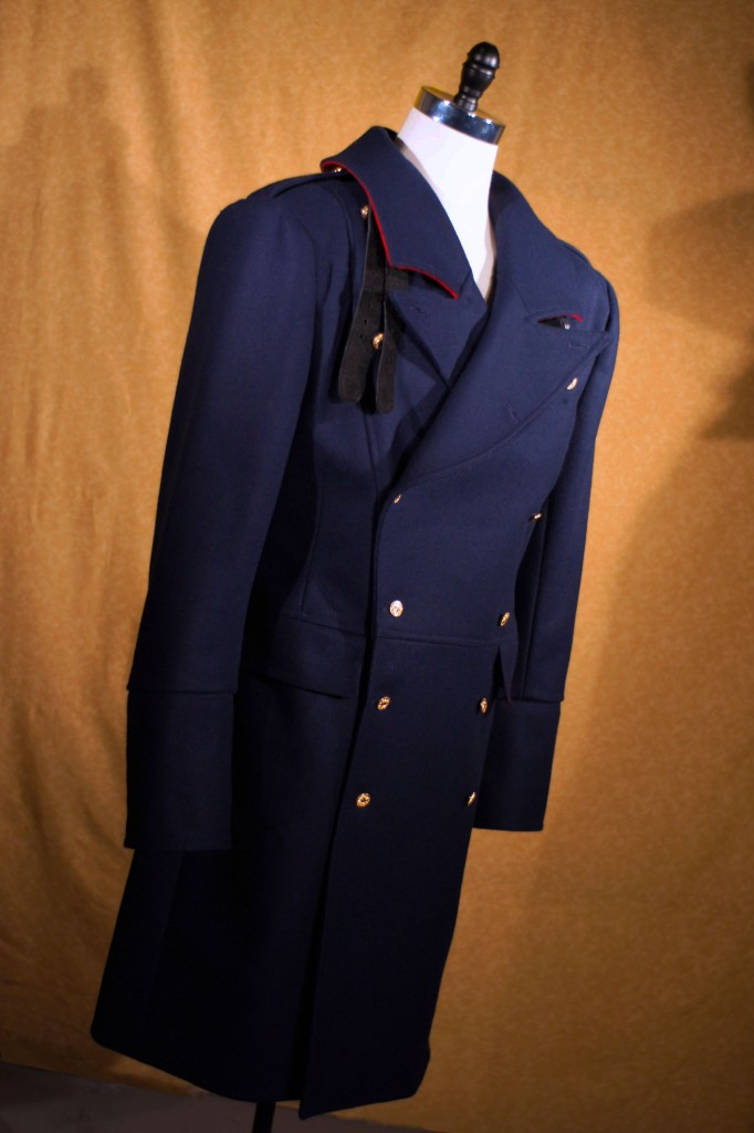 Peak Lapel Military Trenchcoat